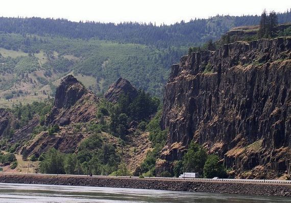 Slump Blocks Below Tom McCall Point